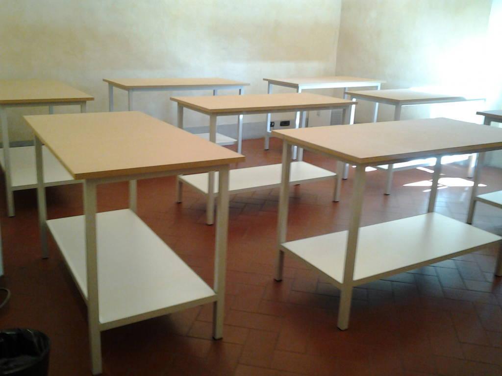Banchi Da Lavoro Per Pelletteria : Centro scaffalature firenze allestimenti e soluzioni aziendali