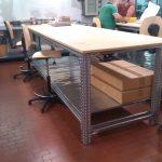 Tavolo su Scaffalatura
